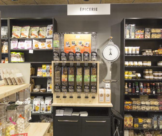 stock en vrac épicerie sur cours