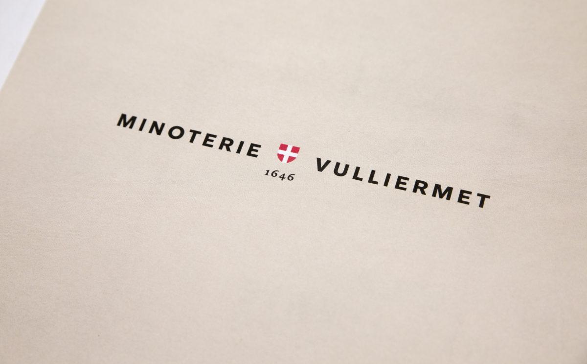 brochure graphisme Minoterie Vuillermet Savoie journaux détail logo 1646 impression sur journal