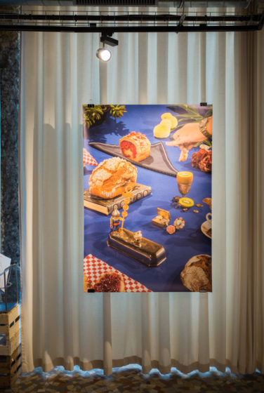 Scénographie soirée inauguration Antoinette pain et brioche poster du photoshooting