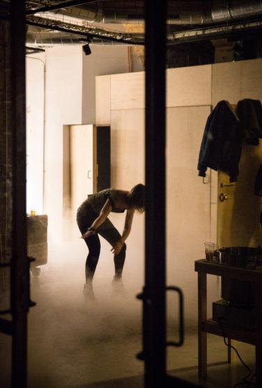 scénographie soirée cuisign Chaud bouillon ambiance groovy mise en scène studio frvr