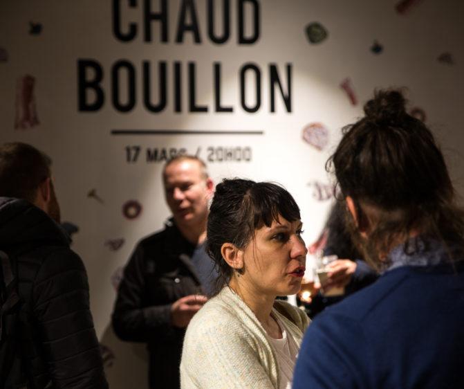 scénographie soirée cuisign Chaud bouillon visuel adhésif sur mur conception et mise en scène studio frvr