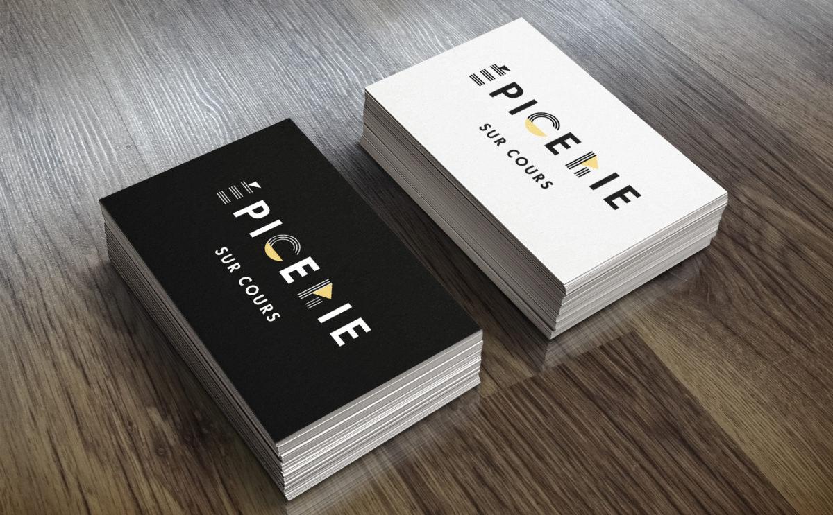 épicerie sur cours logo et identité visuelle détail carte de visite noir et blanc par le studio de design frvr