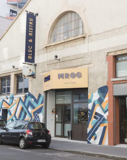 mroc design studio frvr salle escalade façade grafiti enseigne principale et latérale