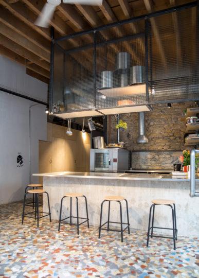 location cuisine lyon espace événementiel comptoir tabouret haut